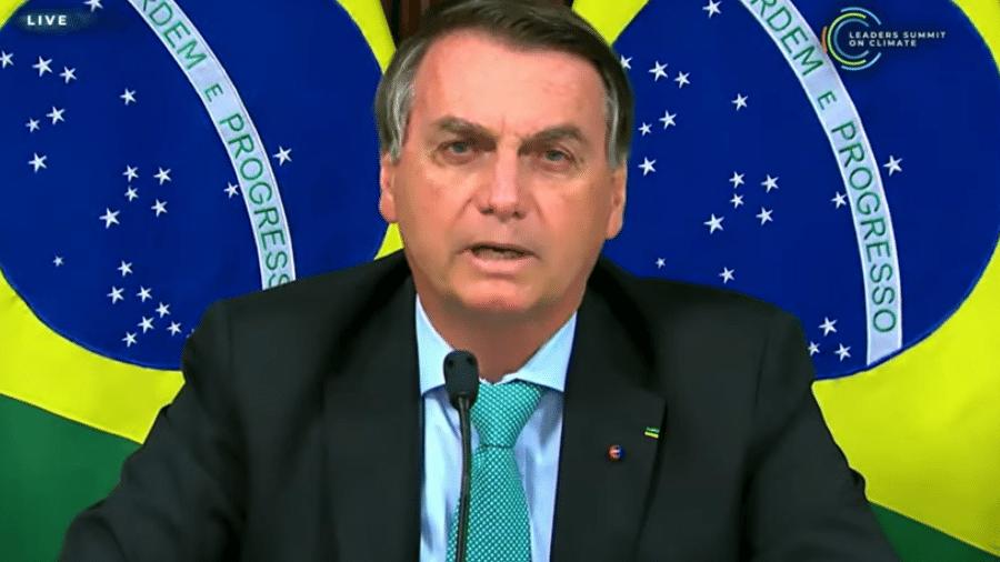 """22.abr.2021 - O presidente Jair Bolsonaro (sem partido) fala na Cúpula de Líderes sobre o Clima e afirma que o Brasil está na """"vanguarda"""" em medidas de proteção ao meio ambiente - Reprodução"""
