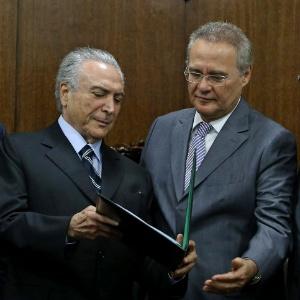 O presidente interino Michel Temer entregou na segunda-feira (23) ao presidente do Senado, Renan Calheiros (PMDB- AL), proposta de nova meta fiscal para 2016