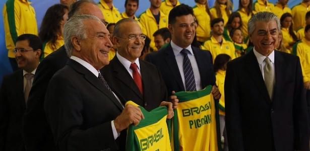 Um dos ministros que cancelaram viagem ao exterior foi Leonardo Picciani (Esporte)