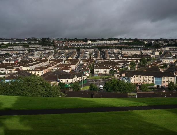 Vista da cidade de Derry, no norte da Irlanda