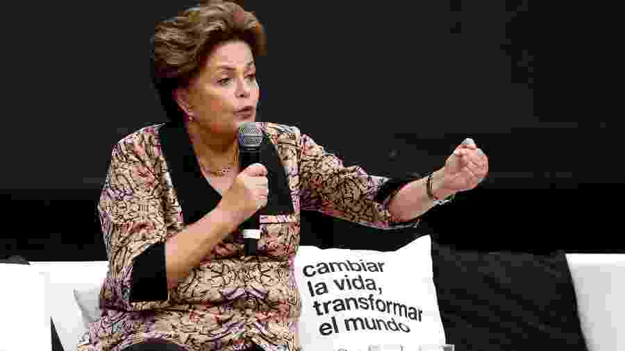 Dilma Rousseff, ex-presidente do Brasil, durante fórum econômico na Argentina - Martin Acosta / Reuters