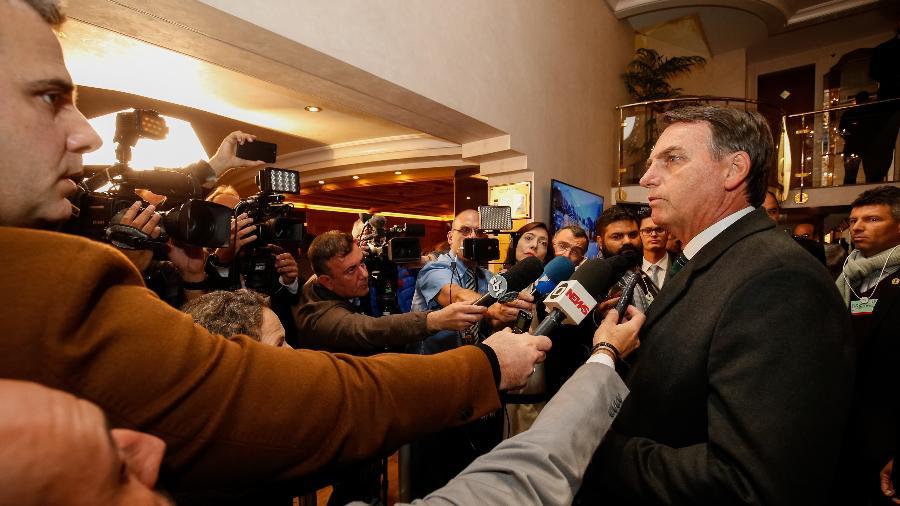 21.jan.2019 - Presidente Jair Bolsonaro durante entrevista à imprensa em Davos (SUI) - Alan Santos/PR