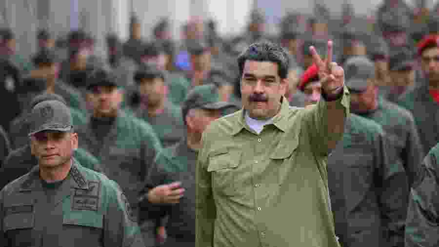 Nicolás Maduro durante encontro com soldados em base militar em Caracas - Divulgação - 30.jan.2019/Palácio de Miraflores/Reuters