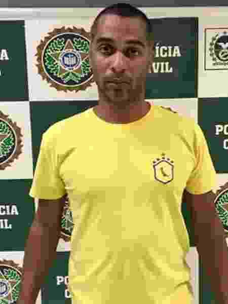 Gustavo Cardoso Rosa preso suspeito de agredir a mulher em São João do Meriti (RJ) - Crédito: Reprodução/TV Globo