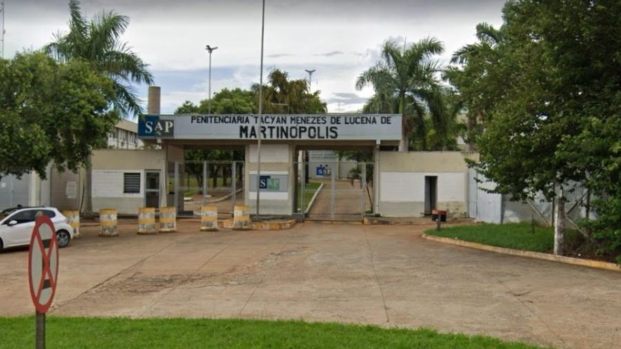 Presídio de Martinópolis, no interior de São Paulo, tem dois funcionários com suspeita e oito presos isolados - Reprodução/Google Maps
