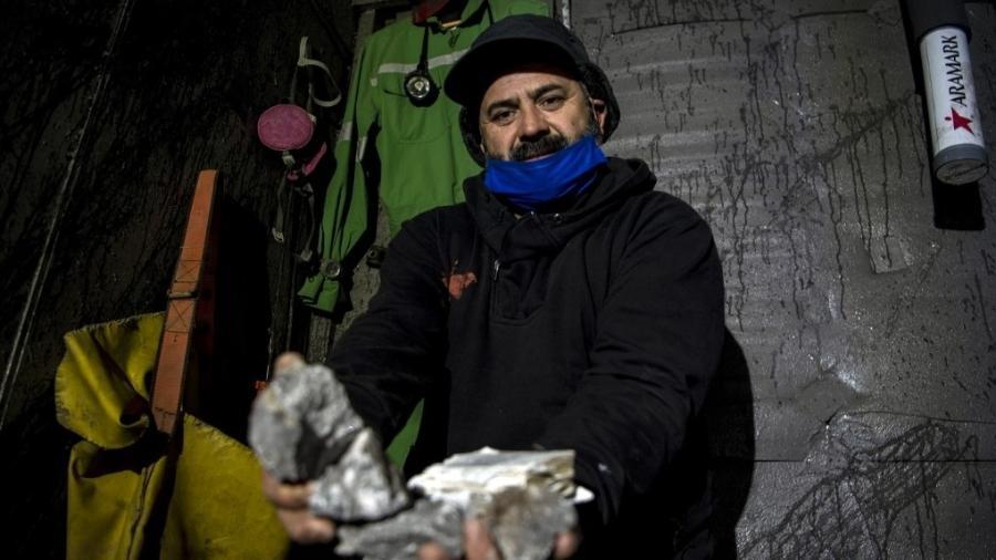 """Mario Sepulveda é um dos """"33 mineiros do Atacama""""  - MARTIN BERNETTI/AFP"""