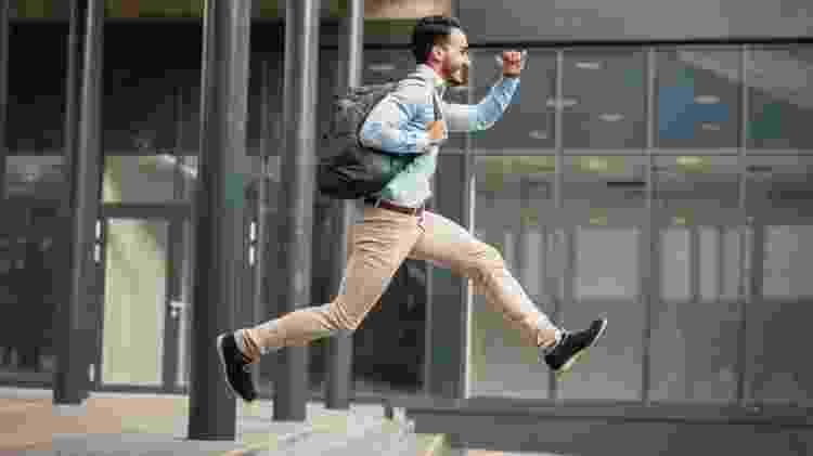 Um sonho para muitos, a jornada de trabalho de quatro dias por semana tem sido cada vez mais discutida no mundo - Getty Images - Getty Images