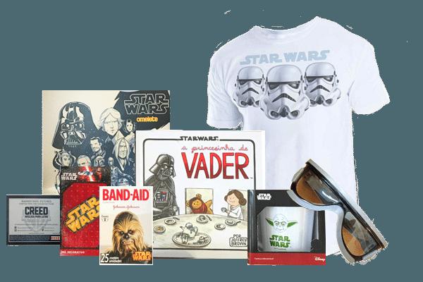Itens que já foram enviados aos integrantes do clube de assinatura do Omelete,  site de notícias sobre filmes, séries e quadrinhos, lançado em dezembro de 2015