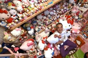 Ex-policial japonês tem a maior coleção de Hello Kitty do mundo (Foto: Yoko Akiyoshi/ AFPBB News/ AFP)