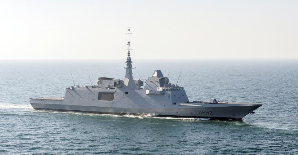 14.abr.2018 - Imagem do início de abril divulgada pelo Exército da França neste sábado mostra a fragata Fremm Provence, de onde partiram mísseis do ataque aéreo realizado na Síria