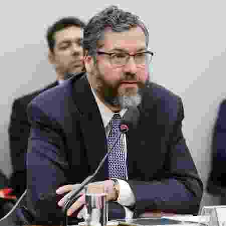 27.mar.2019 - Chanceler Ernesto Araújo durante audiência na Comissão de Relações Exteriores e de Defesa Nacional da Câmara - Vinicius Loures/Câmara dos Deputados