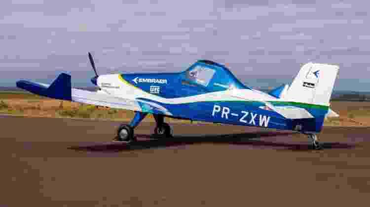 Modelo elétrico é adaptação do avião agrícola Ipanema, com mudança nas asas para receber parte das baterias - Divulgação