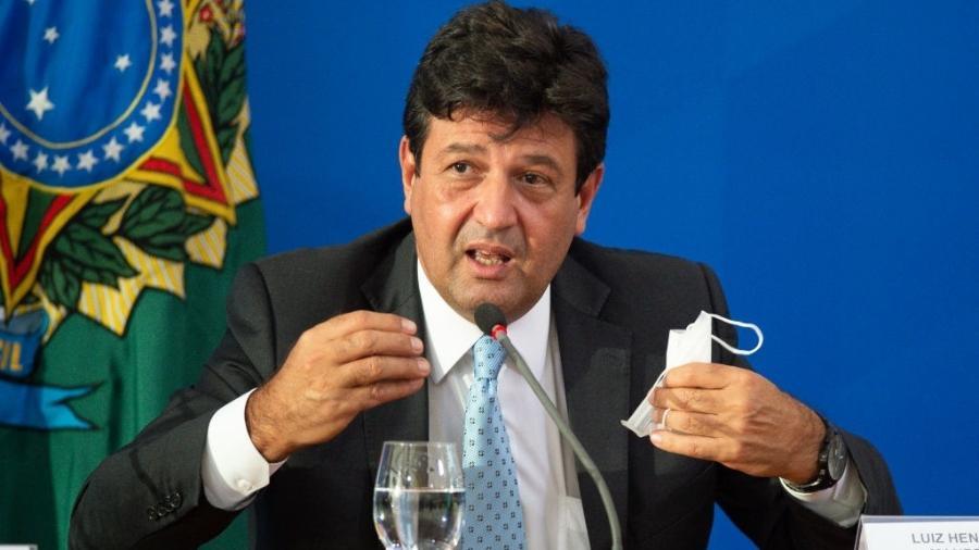 """O ex-ministro da Saúde Luiz Henrique Mandetta disse que o afastamento de Bolsonaro ocorreu por ele fornecer """"más notícias"""" - Andressa Anholete/Getty Images"""