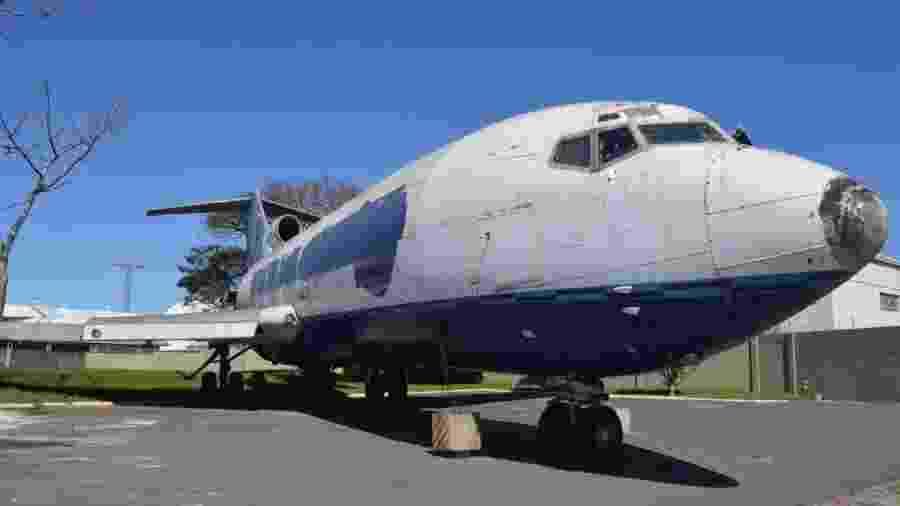 Boeing 727 da Varig foi arrematado em leilão por ex-funcionários e fãs da companhia aérea - Divulgação/Santayana Leilões
