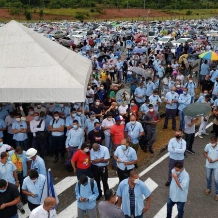 """Movimento foi chamado de """"Todos pelo emprego e contra o fechamento da Ford no Brasil"""" - Divulgação/ Sindicato dos Metalúrgicos de Camaçari"""