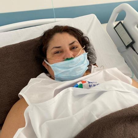 """A paciente Nilvana Cavalcante, 48, conta o """"inferno"""" que viveu na capital do AM - Felipe Chargel/Assessoria da Secretaria de Estado da Saúde de Alagoas"""