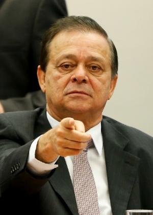 Relator da Comissão do Impeachment apresenta seu parecer nesta quarta-feira