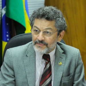Paulo Rocha é líder do PT no Senado