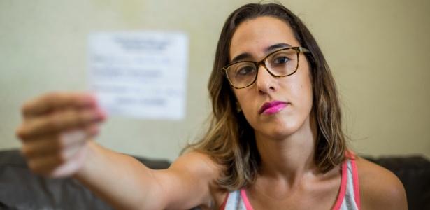 Taina pediu consulta com um oftalmologista em outubro, mas só será atendida em junho