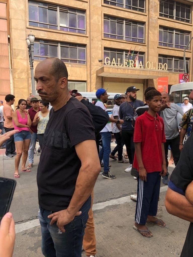 1º.mai.2018 - Ricardo Luciano, coordenador do movimento Luta por Moradia Digna, ao qual eram ligadas as famílias que ocupavam o prédio que desabou no centro de São Paulo