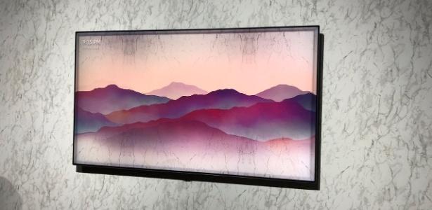 """TV da Samsung pode acabar com a """"tela preta"""" do aparelho desligado"""