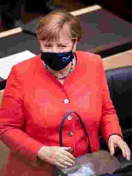 3.jul.2020 - A chanceler alemã, Angela Merkel, em aparição pública usando máscara - Florian Gaertner/Photothek via Getty Images