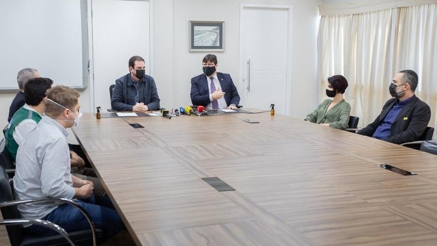 Compromisso firmado por Paes e o procurador-geral do RJ, Luciano Mattos, deve ser publicado no Diário Oficial em até 20 dias - MP-RJ/Reprodução