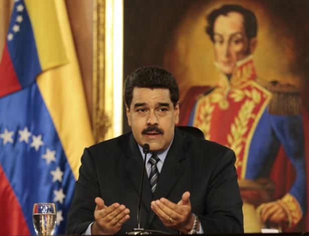 O presidente da Venezuela, Nicolás Maduro, discursa no Palácio Miraflores, em Caracas