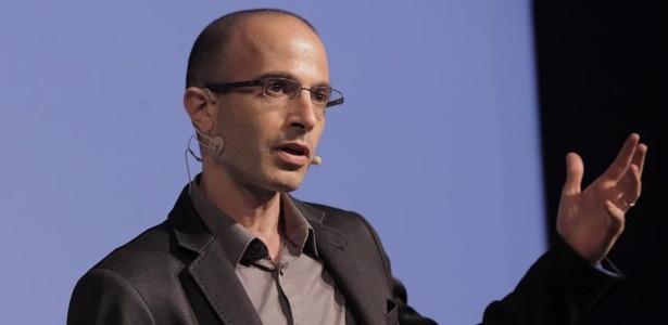 O historiador Yuval Noah Harari estuda como tecnologia, genética e inteligência artificial podem transformar a sociedade