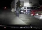 Suspeito escapa em carro em meio a chuva de tiros da polícia nos EUA; veja - BBC