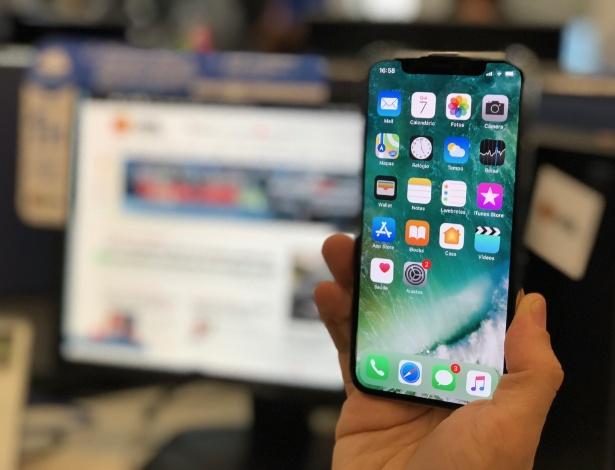 iPhone X já está na redação do UOL Tecnologia - Gabriel Francisco Ribeiro/UOL
