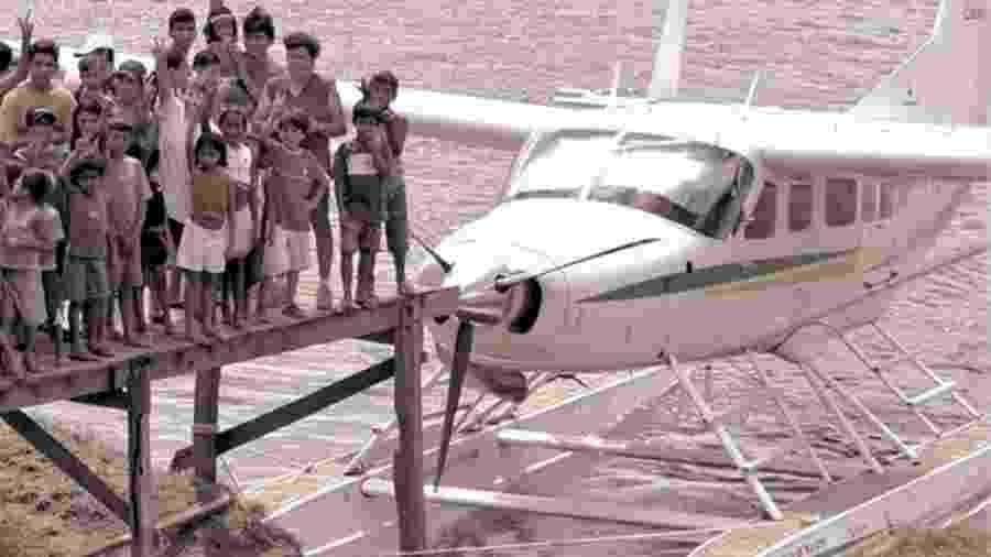 """Avião da Asas de Socorro, entidade missionária fundada em 1955 e que oferece cursos para formar mecânicos e pilotos dedicados """"à causa do evangelismo nas aldeias"""" - Divulgação/Asas do Socorro"""