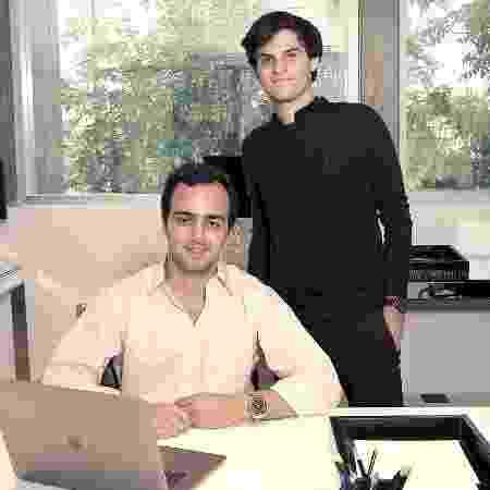 Gianlucca Nahas (à esq.) e Marco Fragali criaram a Flyby, no final do ano passado - Divulgação