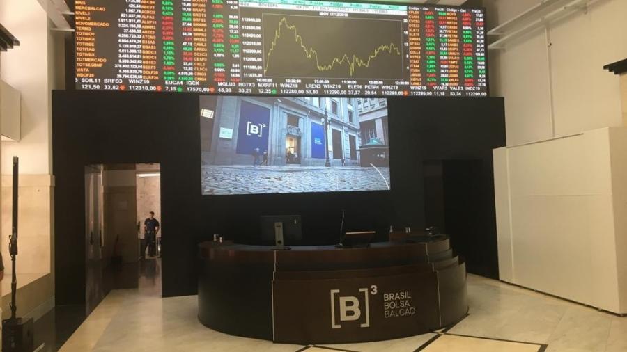 A bolsa paulista fechou com o Ibovespa em queda pela terceira sessão seguida - Reuters