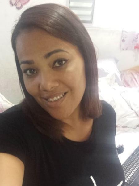 Daniela dos Santos faz cerca de cem máscaras por dia em casa - Arquivo pessoal - Arquivo pessoal