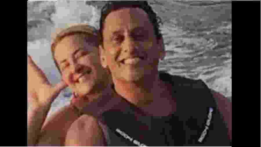 Frederick Wassef e Ana Cristina Boner Leo em moto aquática - Reprodução