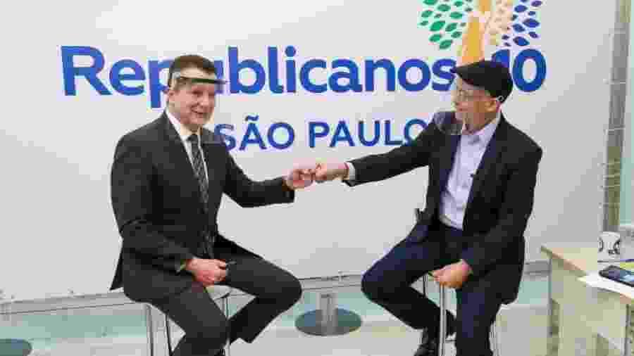 Celso Russomanno e o presidente do Republicanos na capital paulista, Marcos de Alcântara - 7.ago.2020 - Wesley Ribeiro/Divulgação/Republicanos