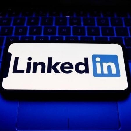 Hacker compilou um banco de dados de 700 milhões de usuários do LinkedIn ao redor do mundo e o vende por cerca de US$ 5 mil - Nurphoto
