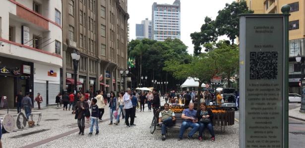 A região da Boca Maldita, na rua XV, centro de Curitiba: nos anos 1980, local foi palco de comícios pelas Diretas-Já