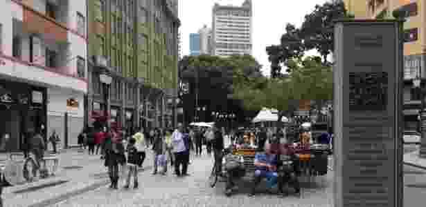A região da Boca Maldita, na rua XV, centro de Curitiba: nos anos 1980, local foi palco de comícios pelas Diretas-Já - Janaina Garcia/UOL