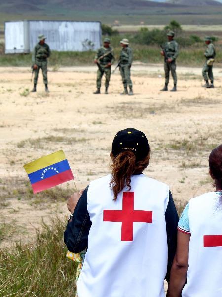 23.fev.19 - A fronteira da Venezuela com o Brasil continua fechada desde a noite de quinta-feira (21) - Priscilla Torres