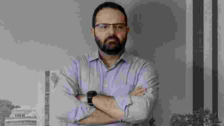 30.mai.2019 - Economista Nelson Barbosa, ex-ministro da Fazenda e do Planejamento, na sede da FGV (Fundação Getúlio Vargas), onde é professor, em Brasília - Pryscilla K. Dantas/UOL