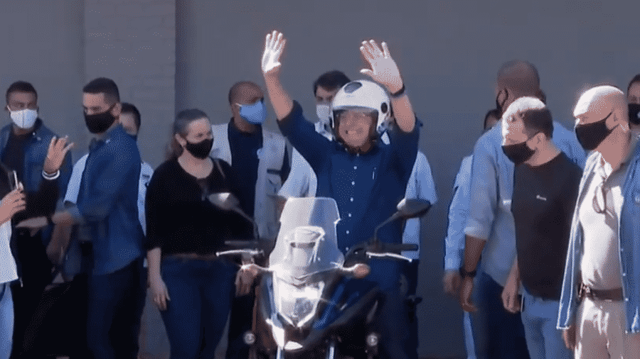O presidente Jair Bolsonaro: ele vai aonde o povo está  - Reprodução/CNN