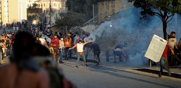 Explosão no Líbano | Beirute tem novo dia de manifestação com confrontos