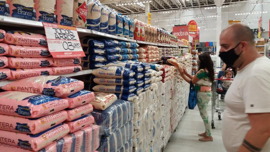 A projeção dos economistas para a inflação neste ano ainda está abaixo do centro da meta do governo para 2020 - Alex Silva/Estadão Conteúdo