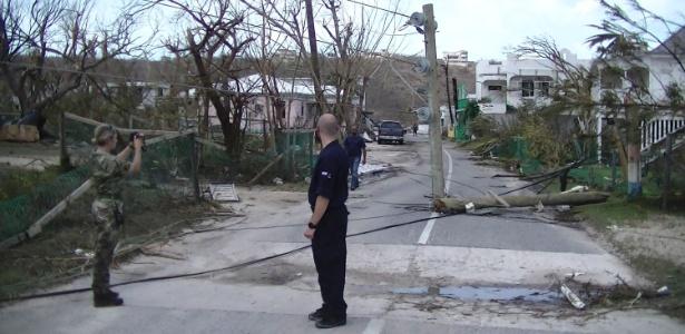 Autoridades avaliam estragos de furacão em Anguilla