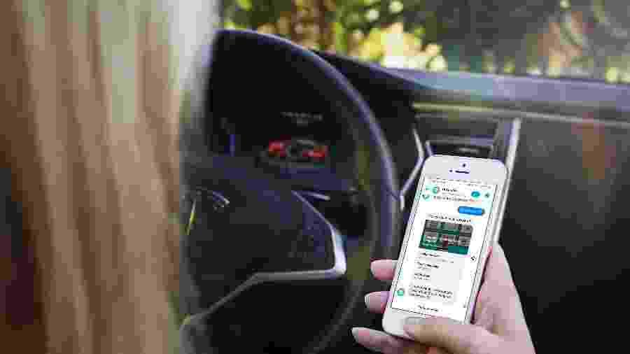 Na Onsurance, o cliente ativa ou desativa o seguro por meio da tela do seu celular, dentro do aplicativo Messenger do Facebook - Divulgação