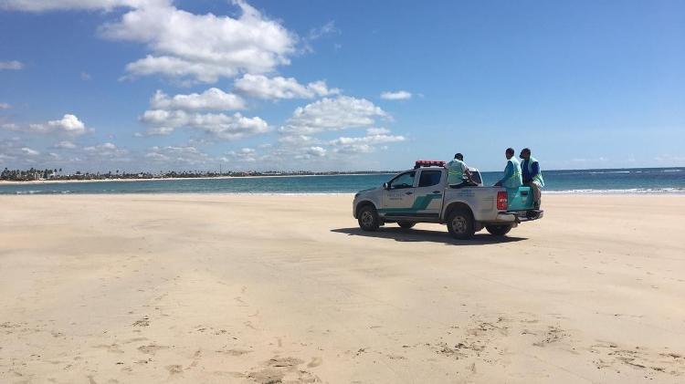 Praia de Porto de Galinhas interditada e fiscalizada pela prefeitura para evitar acesso no fim de semana passado - PREFEITURA DE IPOJUCA
