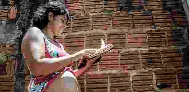 Elisangela Ferreira Maia Zampier, 36, moradora de Ribeirão Preto, interior de São Paulo, está grávida de 15 semanas e está com suspeita de zika - Epitácio Pessoa/Estadão Conteúdo