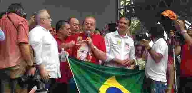 O ex-presidente Lula discursa durante ato político em Fortaleza - Reprodução/Twitter @AirtonMartins13